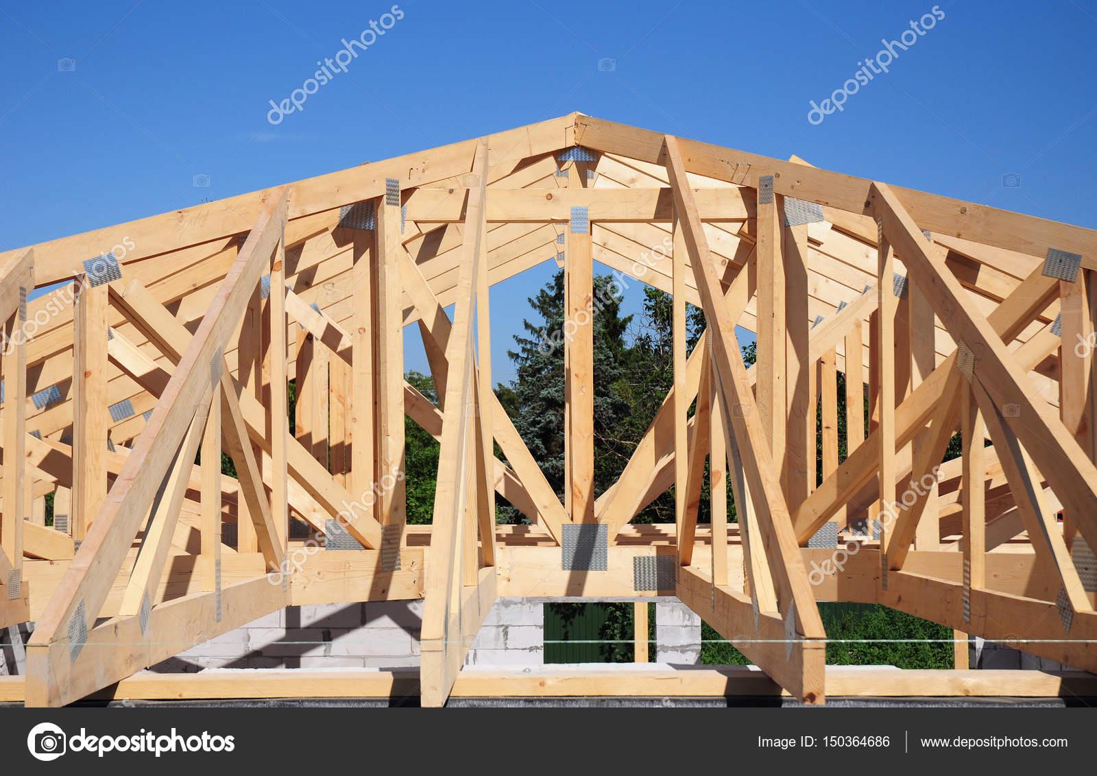 Dachstühle. Dach Bau Haus Dach Building.Timber Dachstuhl. Traversen ...