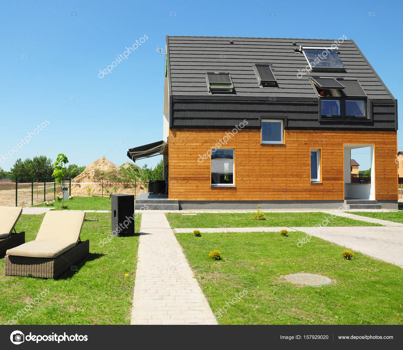 Modern House Construction Solar Water Heating Swh Systems Use