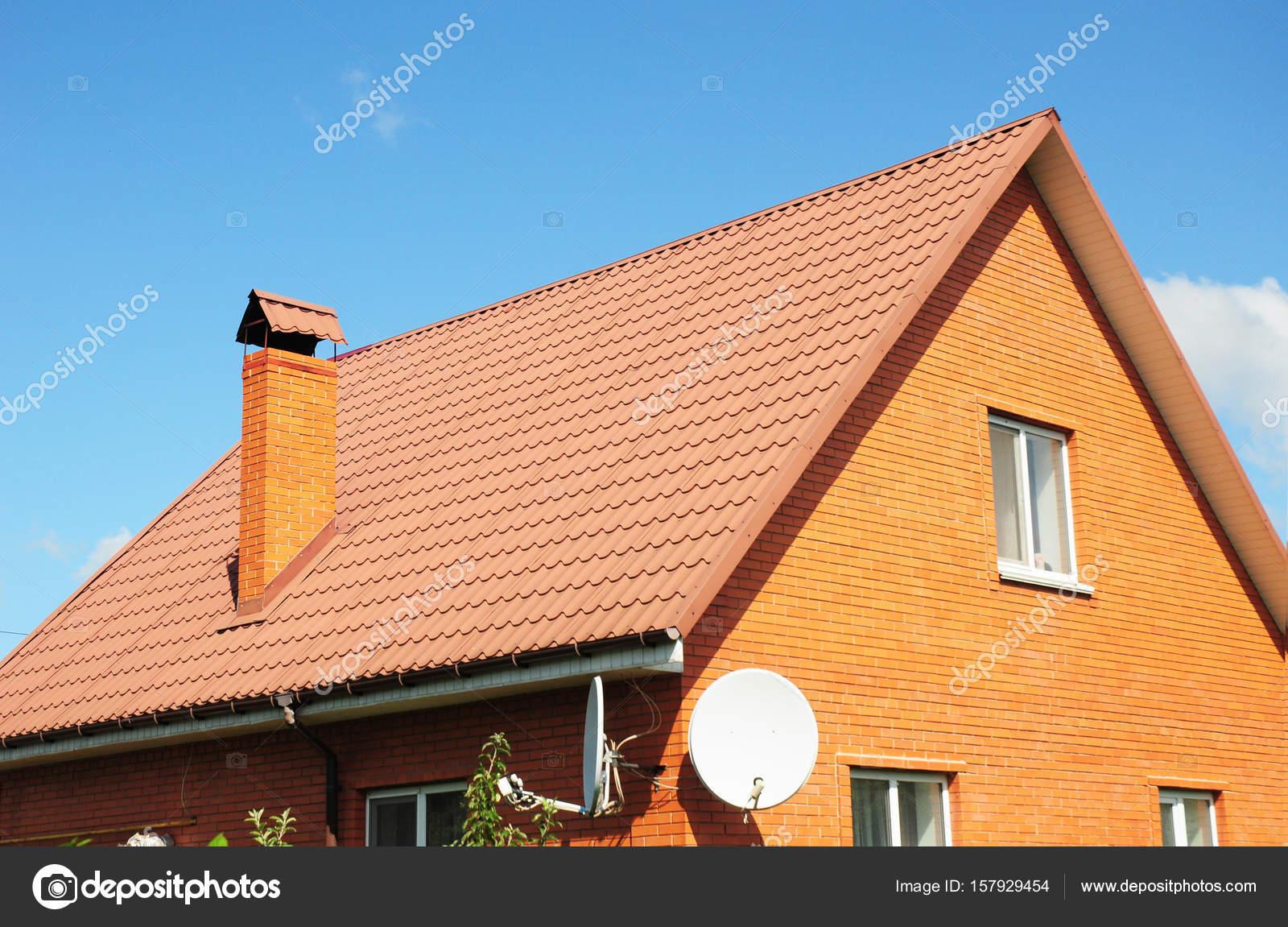 Techados de teja techos de madera con teja artesanal for Techos de tejas para patios exteriores