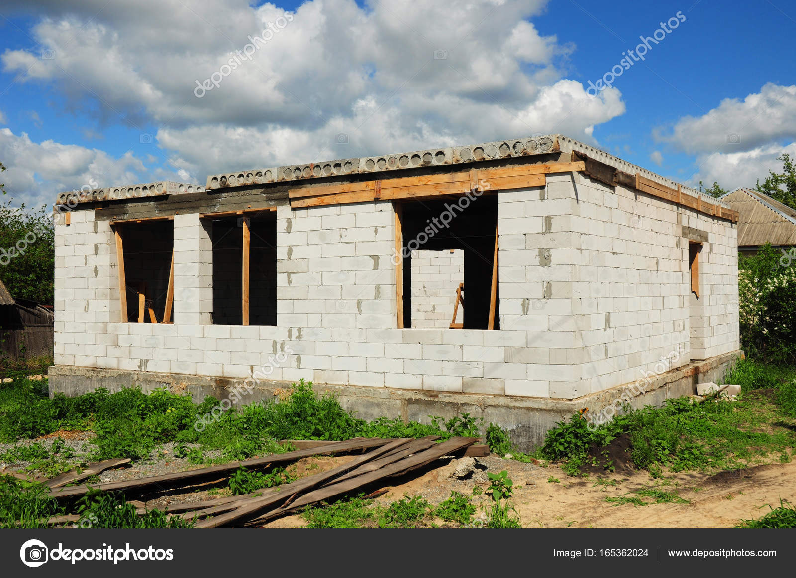 Casa costruzione da blocchi di gasbeton autoclavato foto for Semplici piani di casa in blocchi di cemento