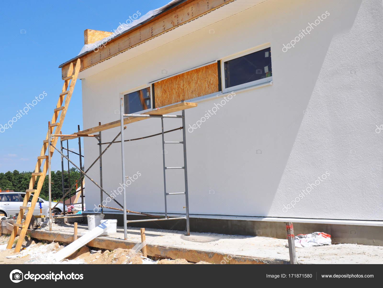 Onvoltooide huis huis verbouwing en renovatie na orkaan