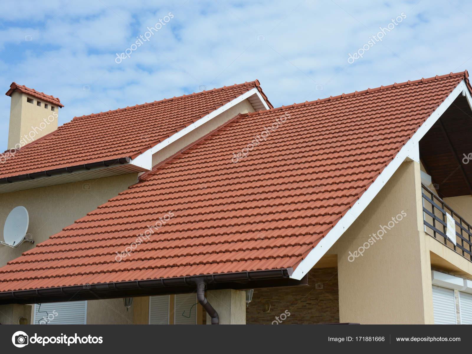 Aconchegante casa com varanda telhado de barro com for Diferentes tipos de techos para casas