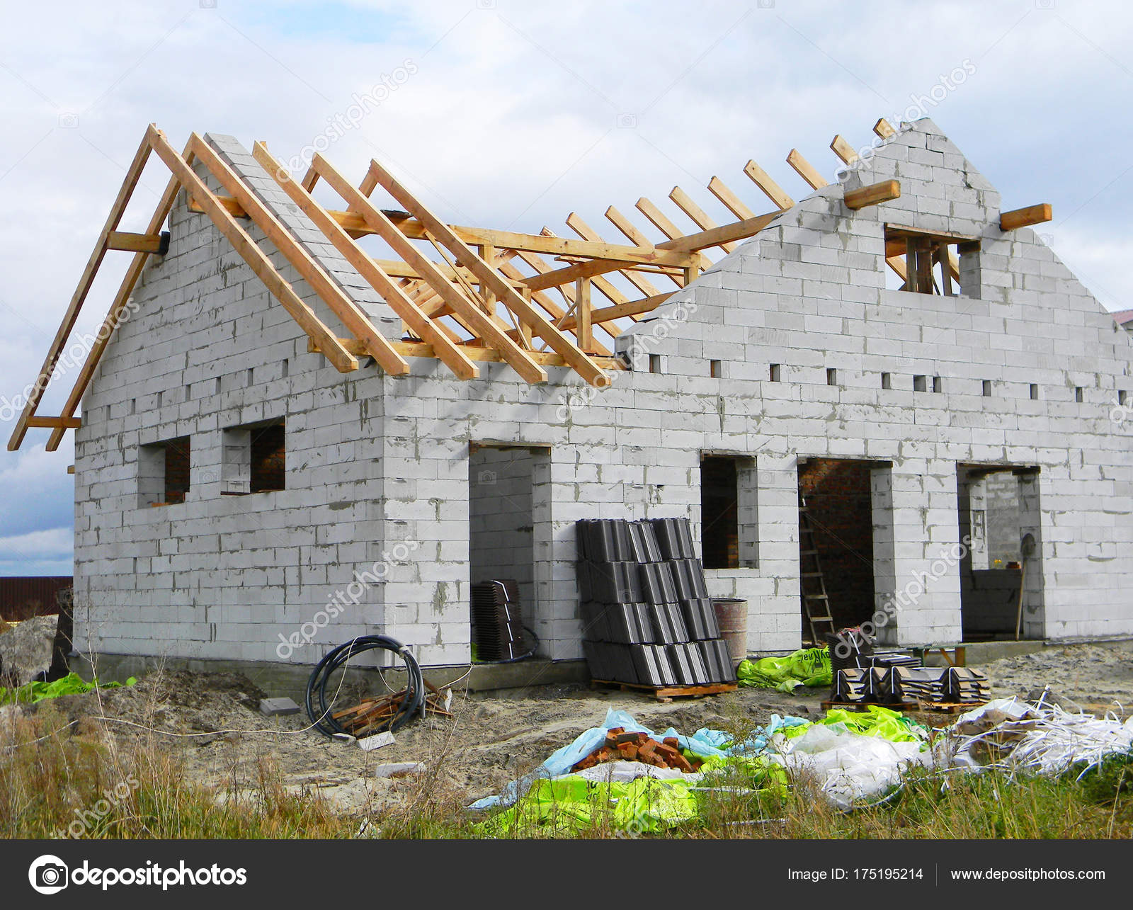 House Roofing Construction With Wooden Trusses. Timber Roof Trusses Building.  Wooden Roof Frame House Construction. Construction Site.