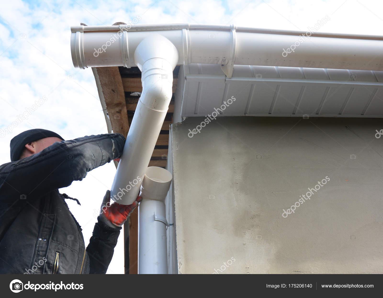 couvreur installer et r parer le syst me de goutti re installation de goutti re de pluie avec. Black Bedroom Furniture Sets. Home Design Ideas