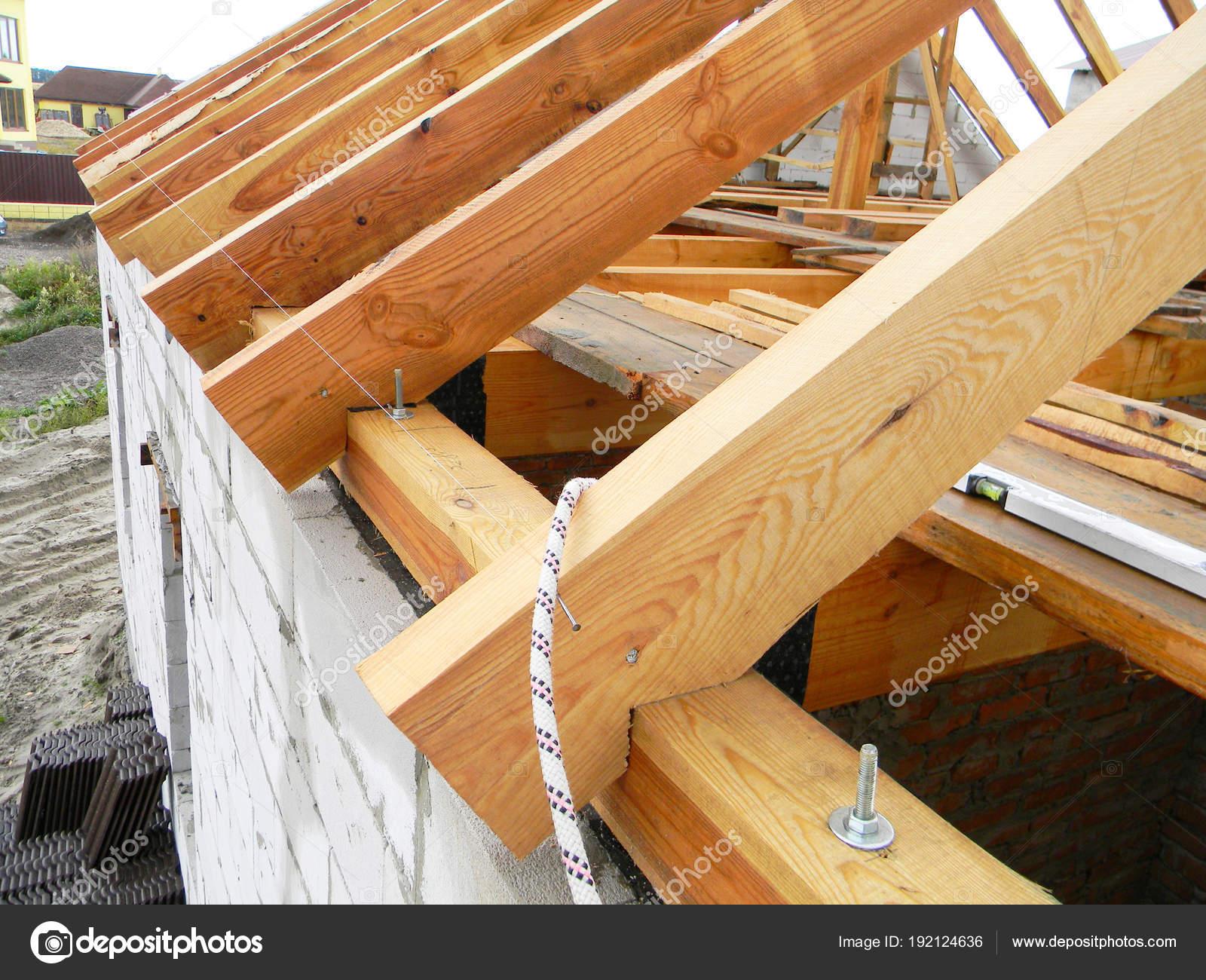 Construcci 243 N Techos Con Vigas Madera Troncos Cerchas