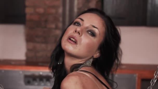 Проституток смотреть эротические съемки моделей забарывает
