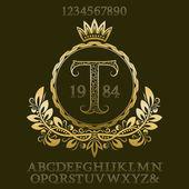 Arany mintás betűk és számok, a kezdeti monogram címer formában. Elegáns betűkészlet és elemek készlet logo tervezés