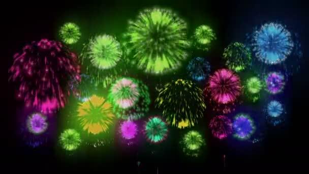 4k - Feuerwerk. Feiertagsfeier, großes Feuerwerk in der Urlaubsnacht. Version 11.