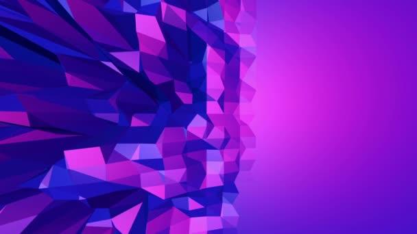 Fialové abstraktní nízké poly mávat povrchu, jak hypnotizovat prostředí. Fialové abstraktní geometrické vibrační prostředí nebo Blikající pozadí kreslené nízké poly stylový 3d design. Volné místo