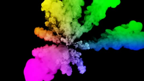ohňostroje od barvy izolovaných na černém pozadí s pěkné trasy. exploze zbarveného prášku nebo inkoustu. šťavnaté kreativní exploze všechny barvy duhy ve vzduchu v pomalém pohybu. 24