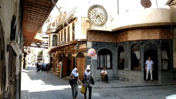Damašek, Sýrie, září 2013: Ženy ve hijabs ulici v historické části starého Damašku