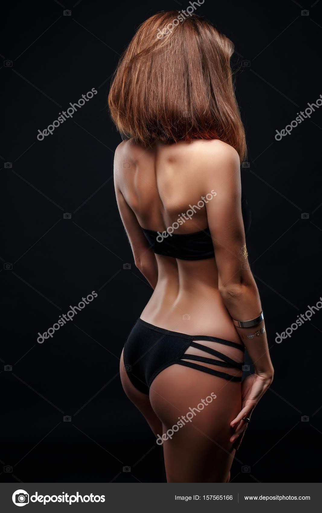 Zwarte vrouw naakt