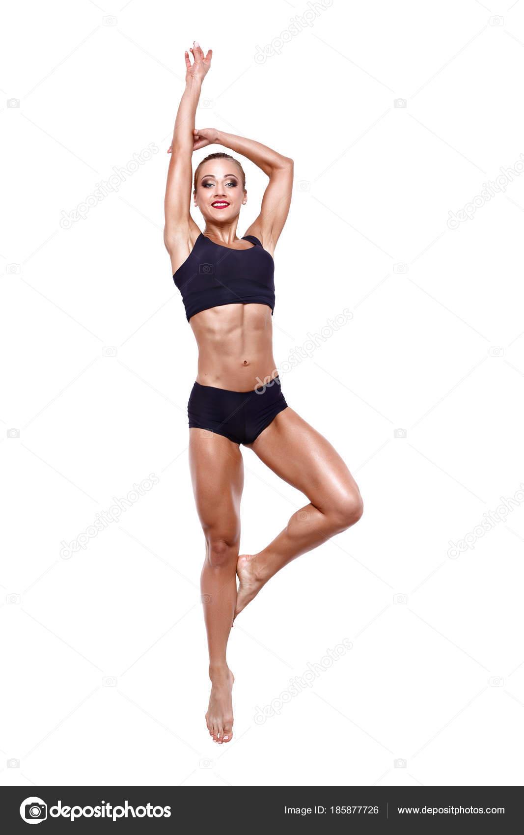 Fitness Frau springen aufgeregt isolierten auf weißen Hintergrund ...