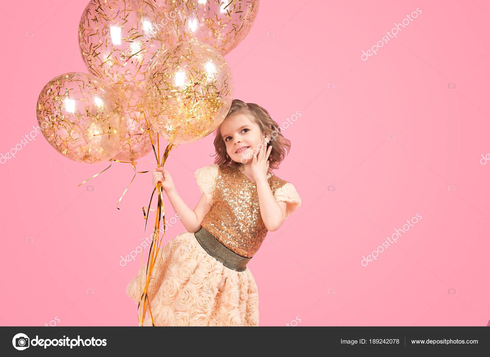 Atractivo Vestido De Fiesta De Oro Brillante Imágenes - Ideas de ...