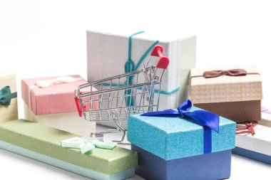 Shopping carts and fancy gift boxes