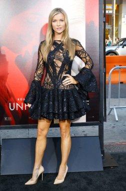 Model Joanna Krupa