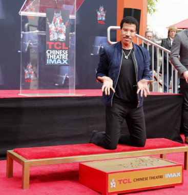 singer Lionel Richie at Lionel Richie Hand And Footprint Ceremony held at the TCL Chinese Theatre in Hollywood, USA on March 7, 2018.