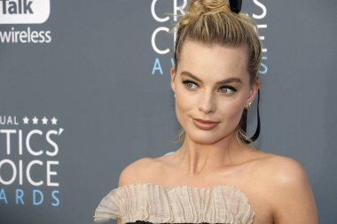 actress Margot Robbie at the 23rd Annual Critics' Choice Awards held at the Barker Hangar in Santa Monica, USA on January 11, 2018.