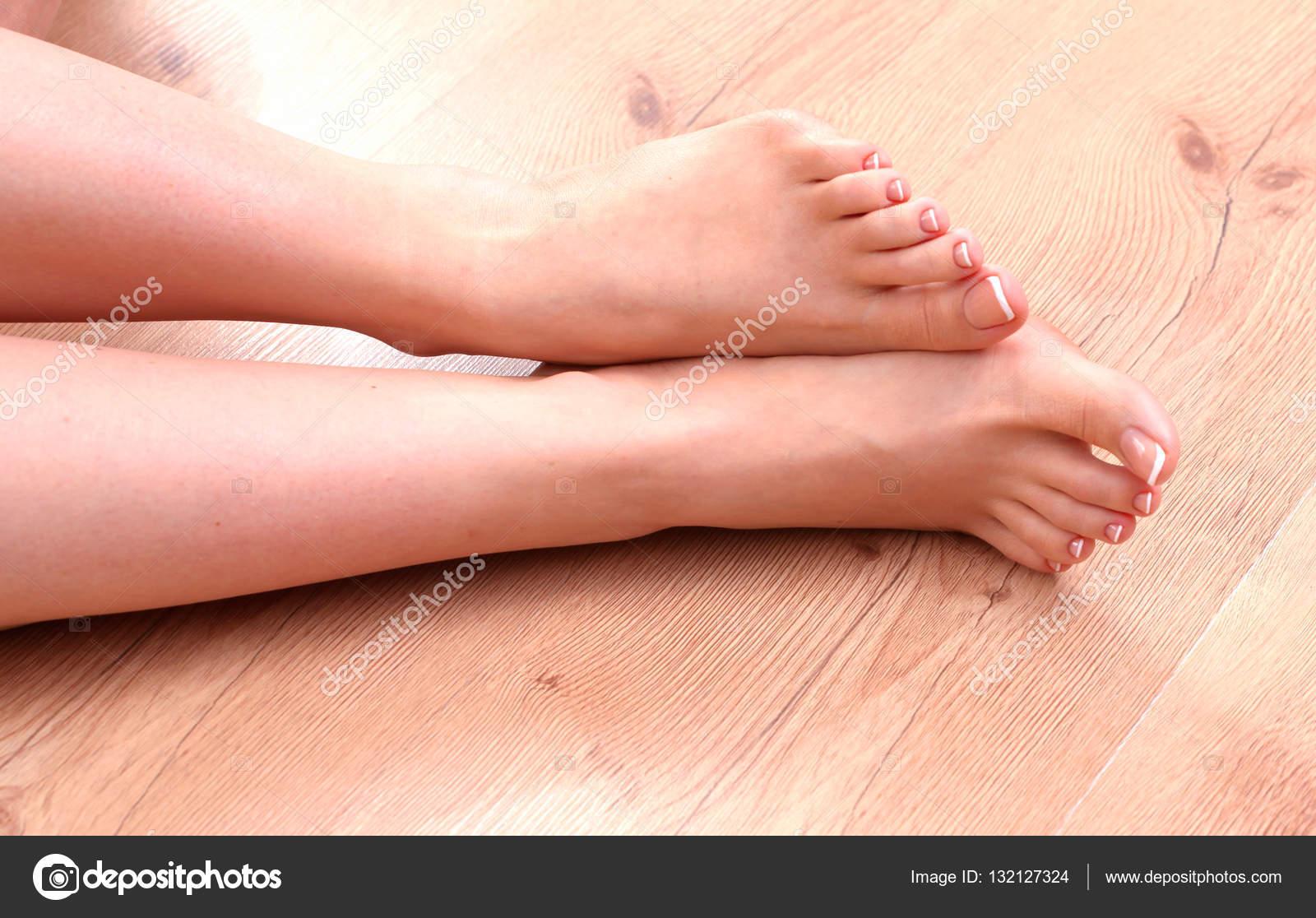 Красивые женские ноги-фото крупным планом проникновение русски любительское