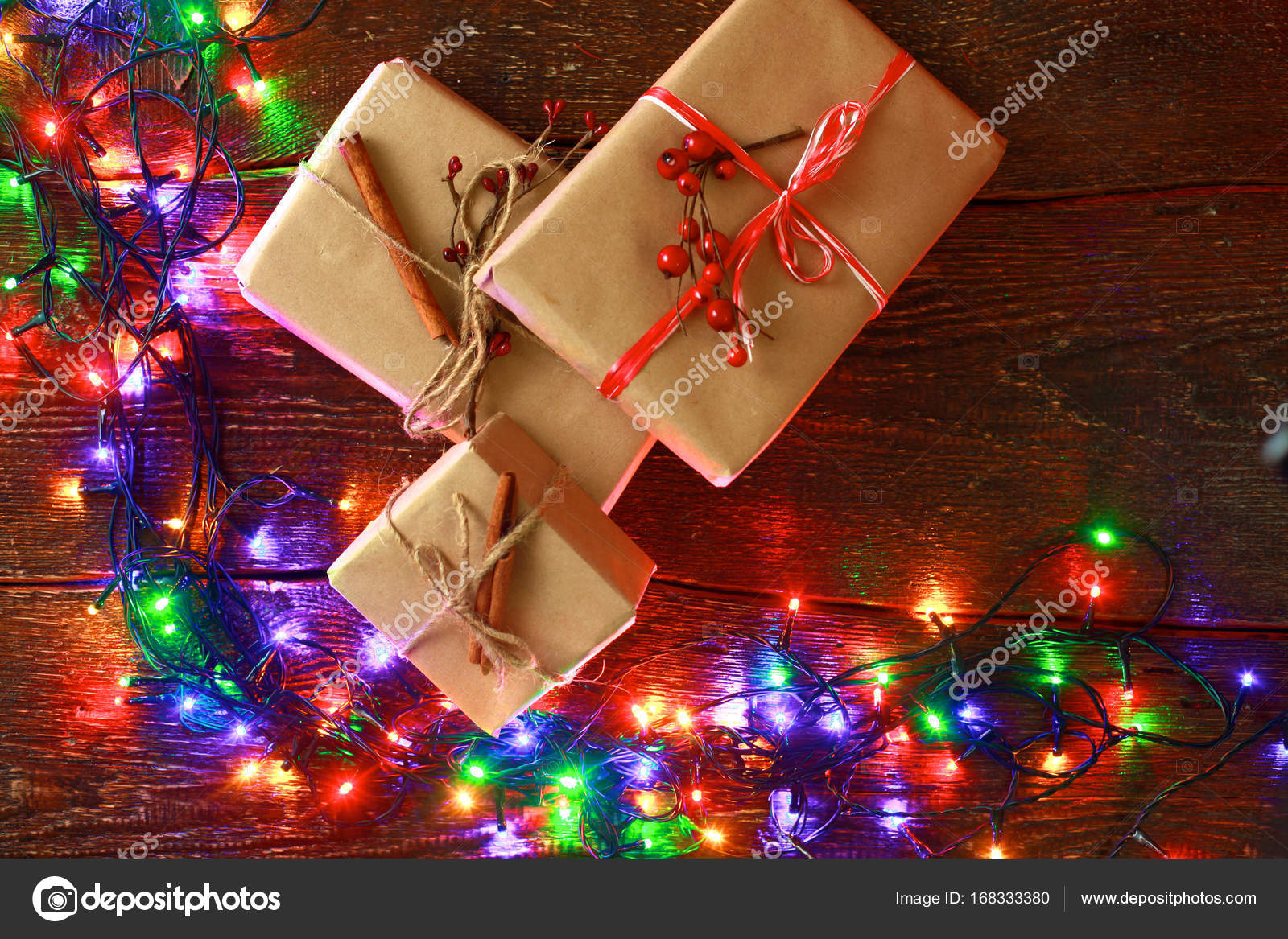 Kerstmis rustieke achtergrond - vintage LD hout met verlichting en ...