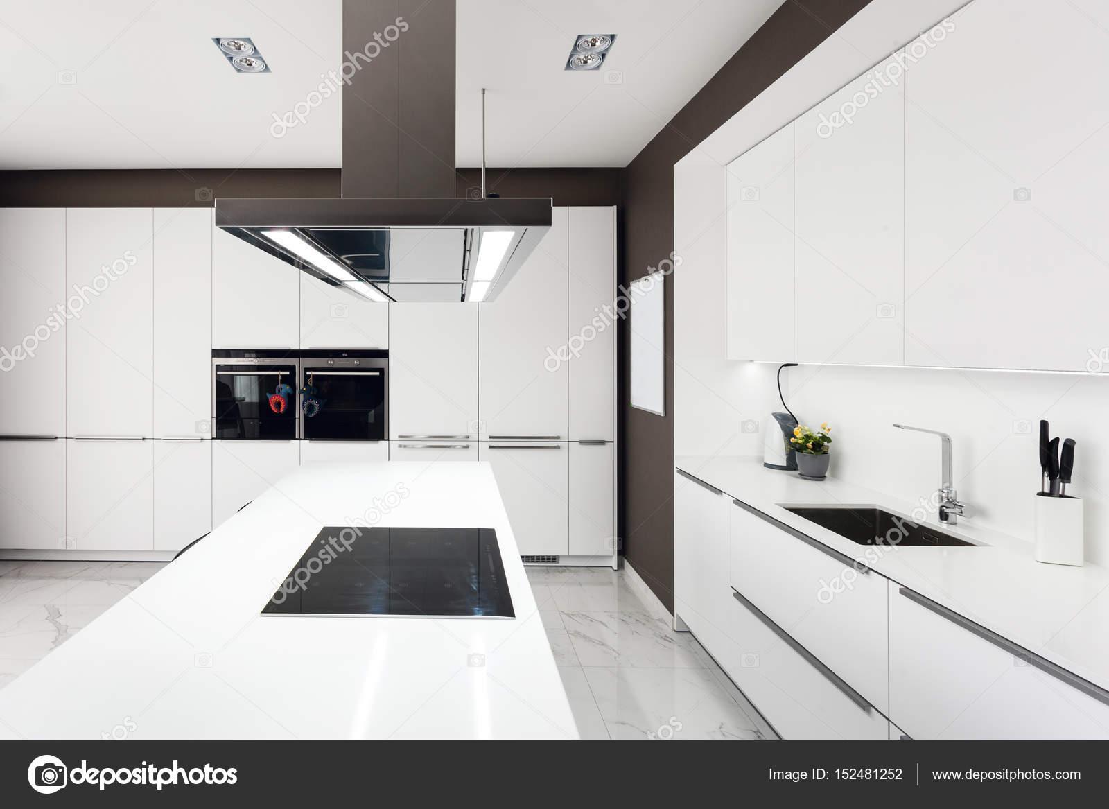 Electrodomesticos cocina moderna blanco cocina moderna - Cocina con electrodomesticos ...