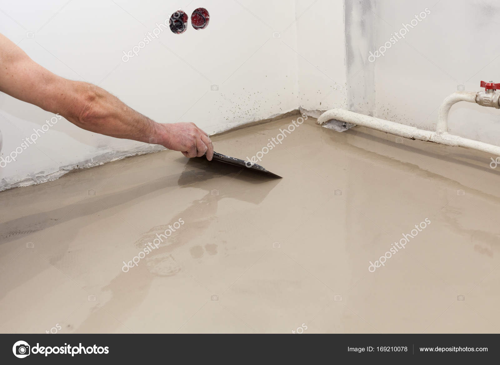 Repair Work Pouring Floors In The Room Fill Screed Floor Repair - What to use to level concrete floor