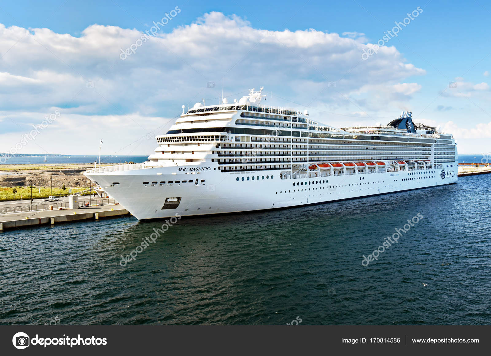 Navio de cruzeiro msc magnifica em copenhaga dinamarca for Msc magnifica foto