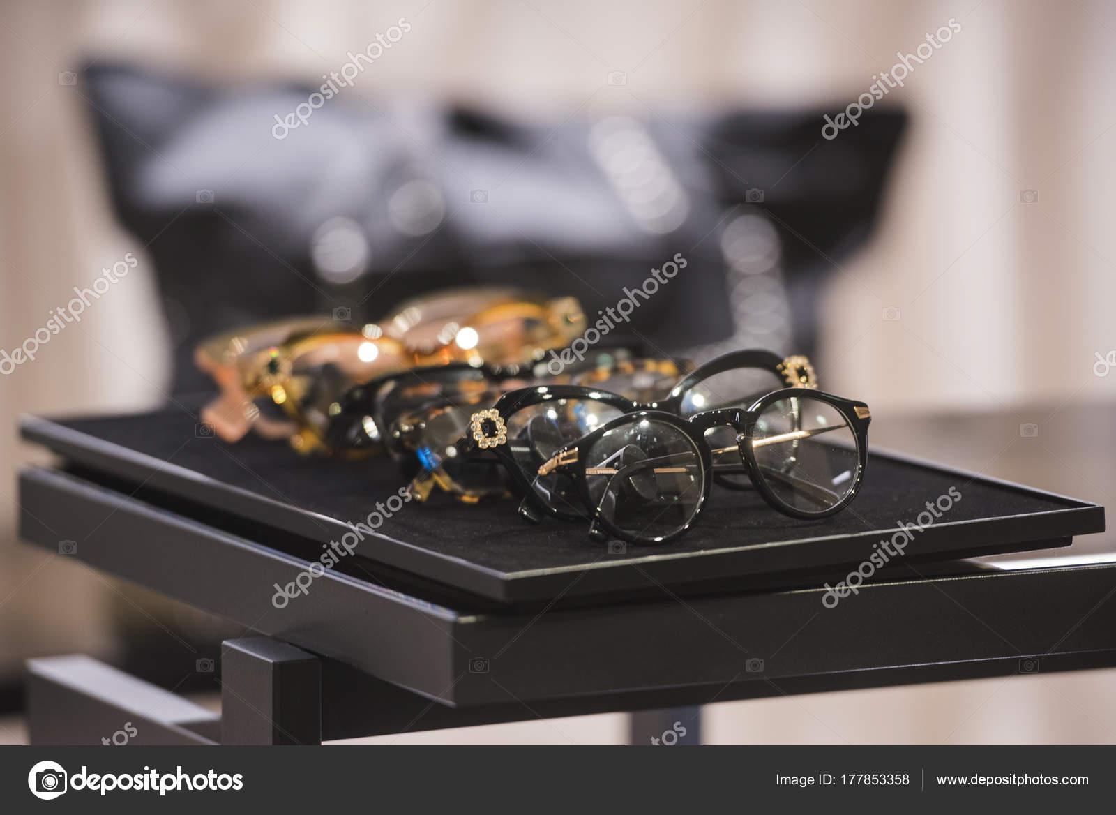 — Paris Lunettes Magasin Agcreativelab Photographie Dans Luxe ygb76f