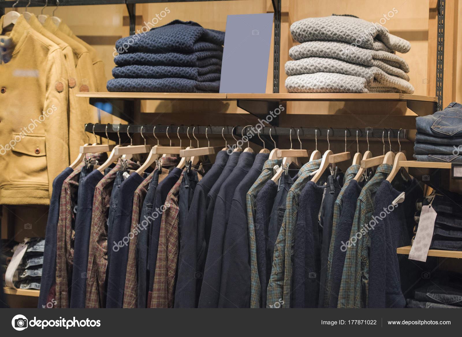 051f7e2f641c Мужская Одежда Осенью Зимней Коллекции Милане — Стоковое фото ...