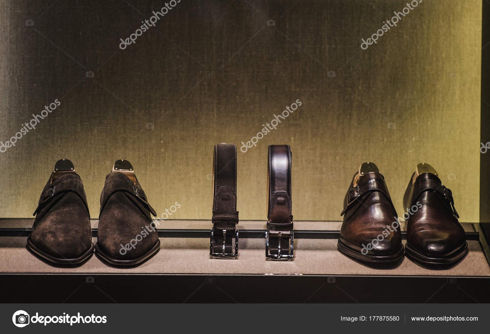 5c052cca4bf Pánská Obuv Doplňky — Stock Fotografie © AGCreativeLab  177875580