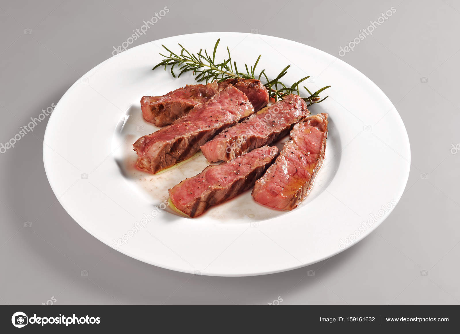Plate With Grilled Steak Portion Stock Photo C Antoniotruzzi 159161632