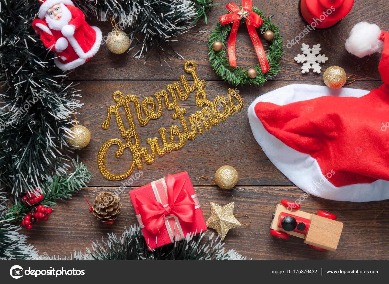 Decorazioni Ufficio Natale : Tavolo top veduta decorazioni ornamenti merry happy natale