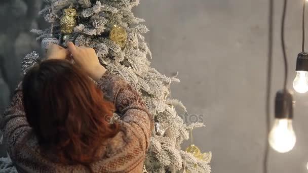 barna nő szemüveg rögzített díszek, a karácsonyfát