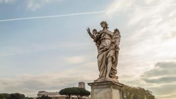 Hyperlapse Angel sochařství na Saint Angel lávka u hradu