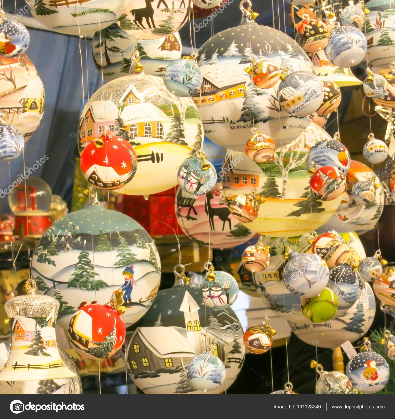 Weihnachtsmarkt W.świąteczne Dekoracje Na Boże Narodzenie Rynku Lub Weihnachtsmarkt W