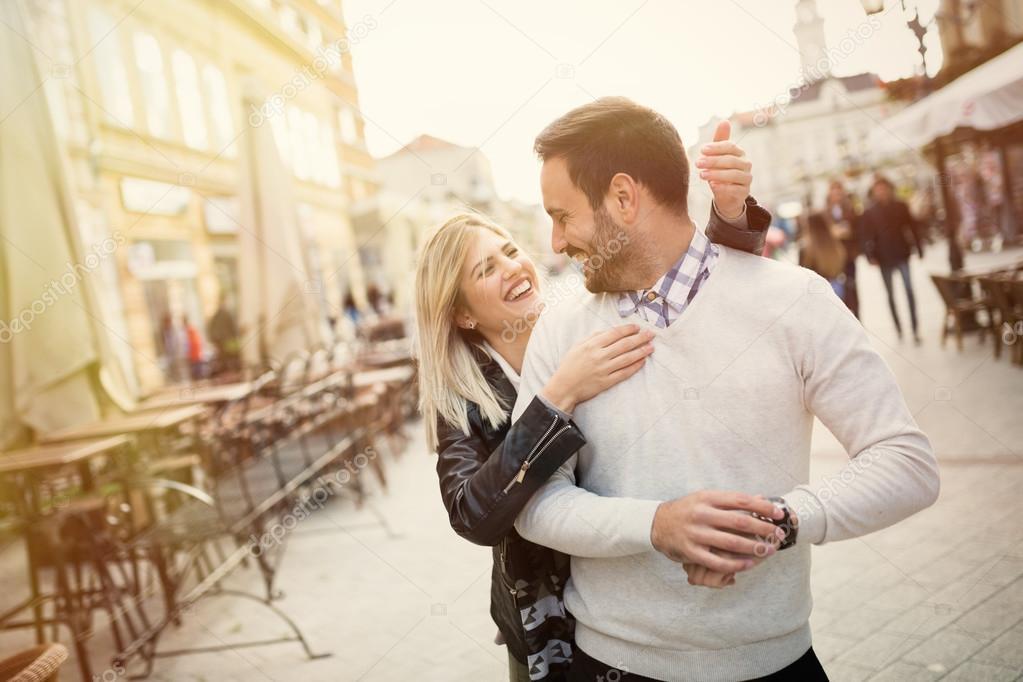 Знакомства девушка с сюрпризом знакомства мля отцов одиночек