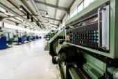 Fotografie Industriebetrieb mit CNC-Maschinen