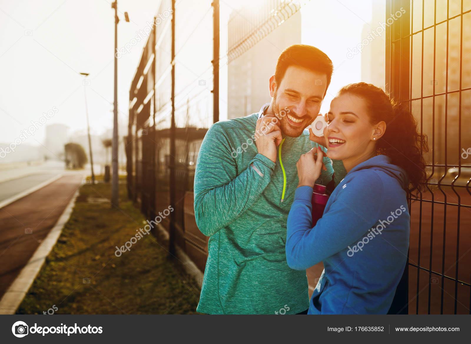 Aquarius Frau und aries Mann Dating