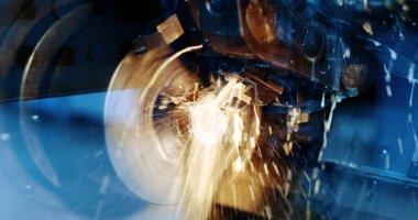 Cnc metal milling lathe machine in metal industries factory