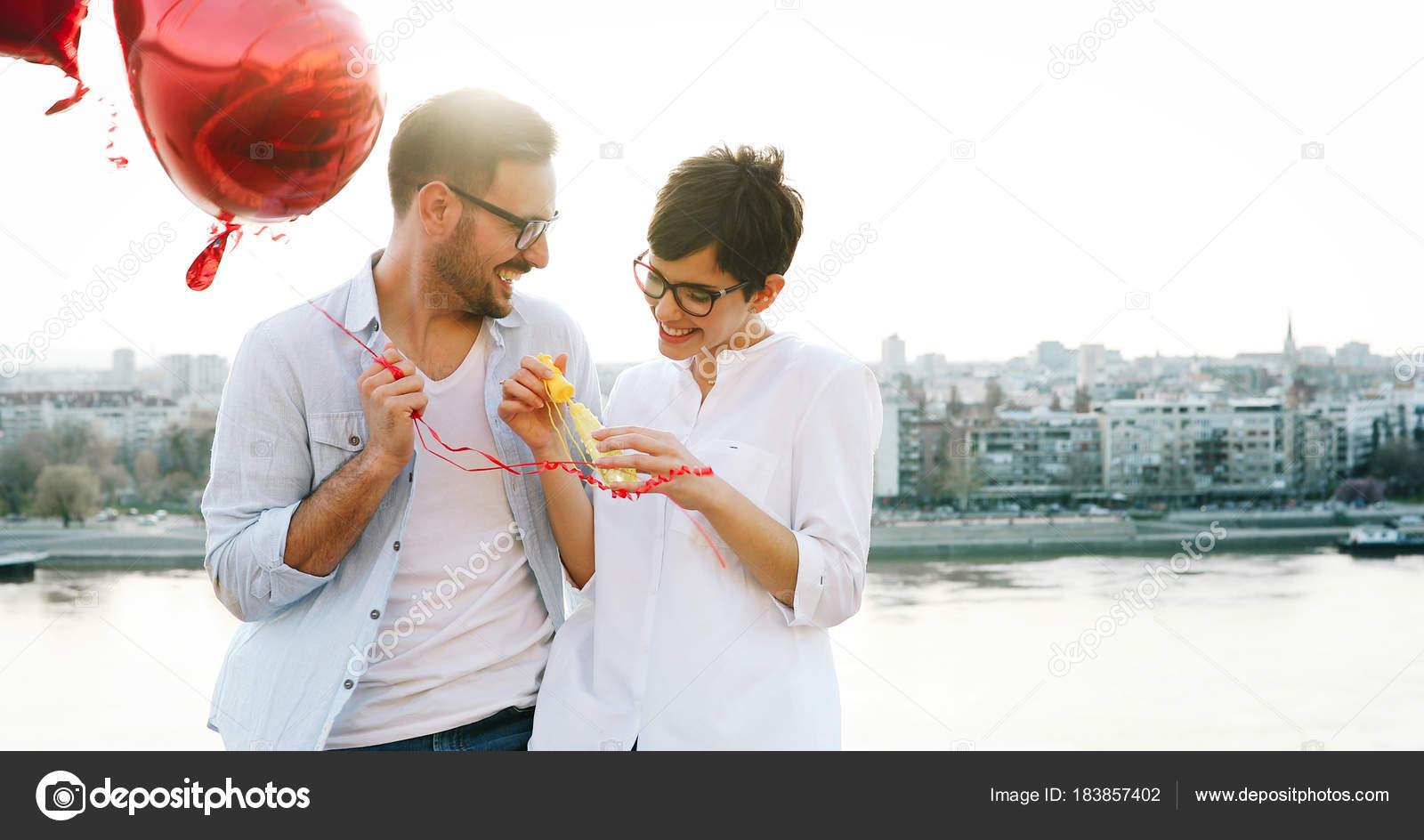 Романтические знакомства любовь знакомства по виртуальному сексу