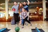 Přátel se těší rekreační bowling v klubu