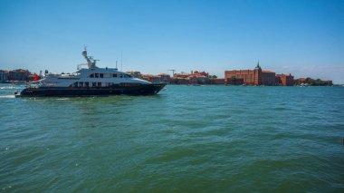 """Картина, постер, плакат, фотообои """"красивый вид на венецию. остров джудекка. граденский канал. регион венето. италия постеры"""", артикул 372660140"""