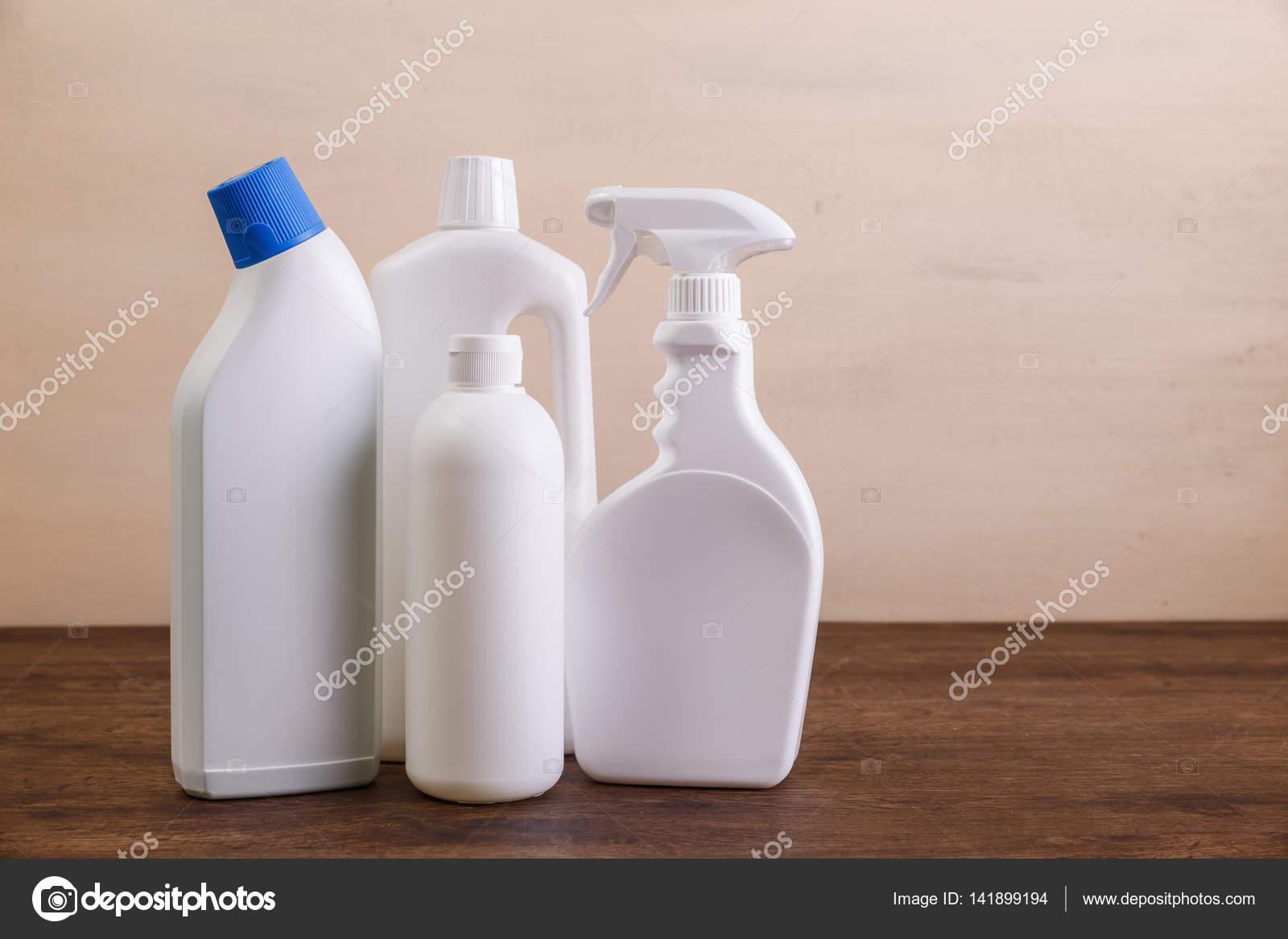 Mock Up Kunststoff Reinigen Von Flaschen Mock Up Konzept