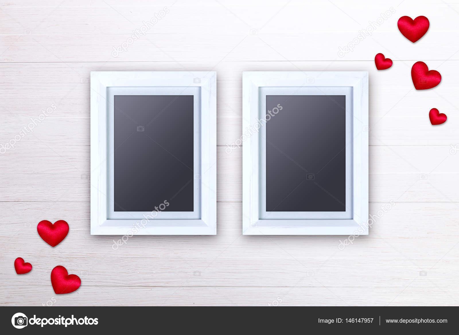 Leere Bilderrahmen. Rote Herzen. Liebe design — Stockfoto ...