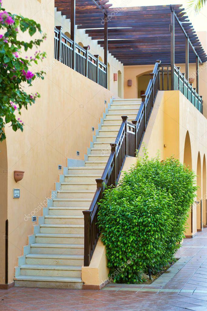 Venkovní schody do patra