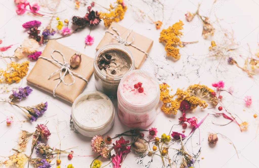 Organic cosmetic creams and gifts