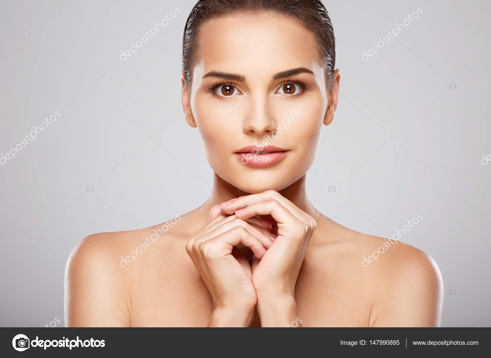 Fresh face young girl porn pics