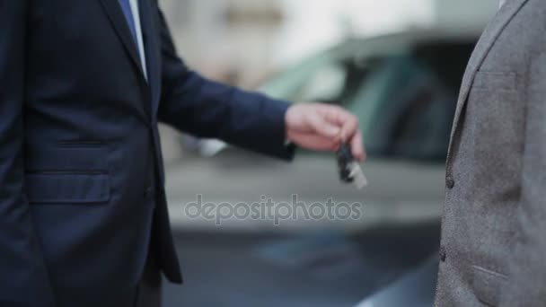 guy buying car from dealer