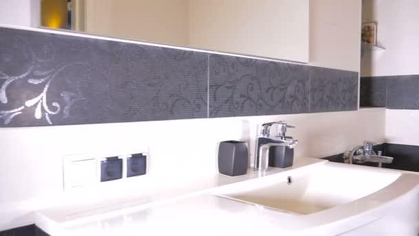 detail z demonstrace designu interiéru koupelny