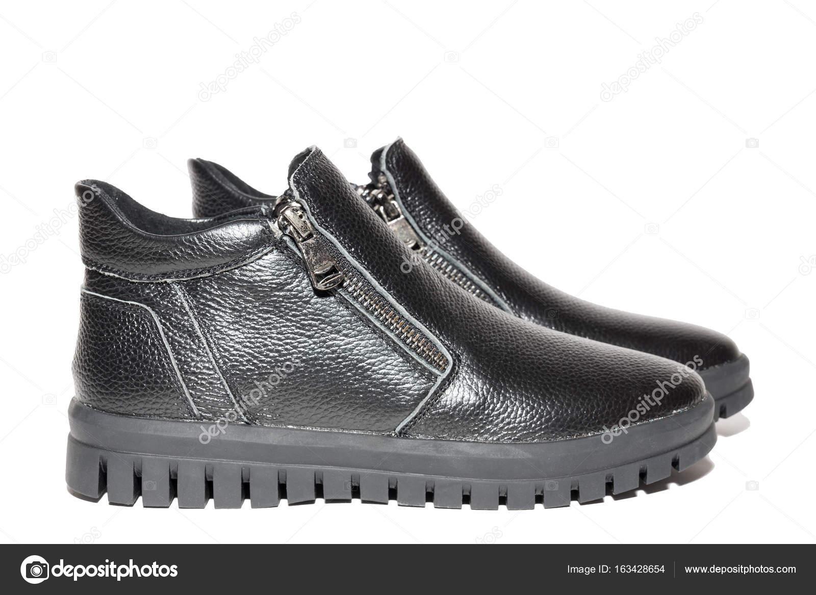 df52d64142e Χειμερινά γυναικεία δερμάτινα παπούτσια — Φωτογραφία Αρχείου ...